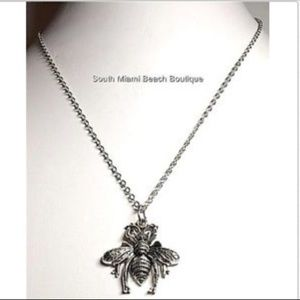 """Jewelry - Silver Bumble Bee Necklace 18"""" Queen Bea Insect"""